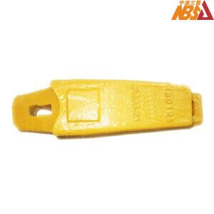 3806-25 TB00593 Hitachi EX60 70 Top Hole Adapter