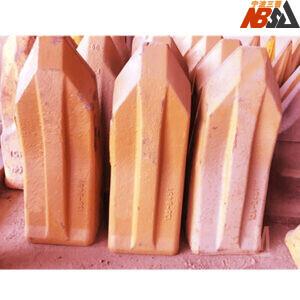 J460 138-6451, 9N4453RP2, 9W1453RP Heavy-Duty Bucket Teeth